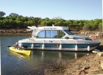 Canal Boating Holidays with sedan 1010