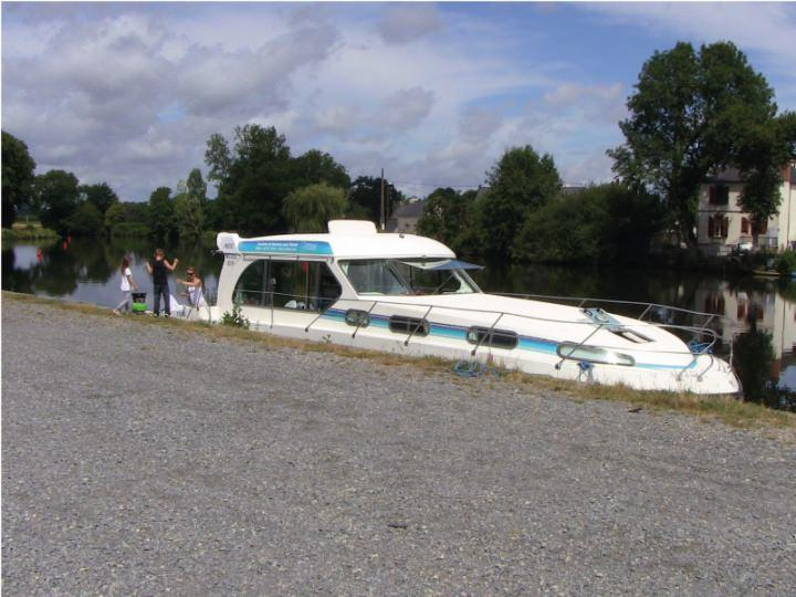 Boating Holidays with Sedan 1310 a - ext 5