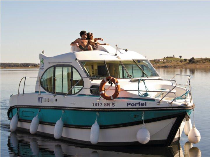 Boating Holidays with Estival Duo - ext 5