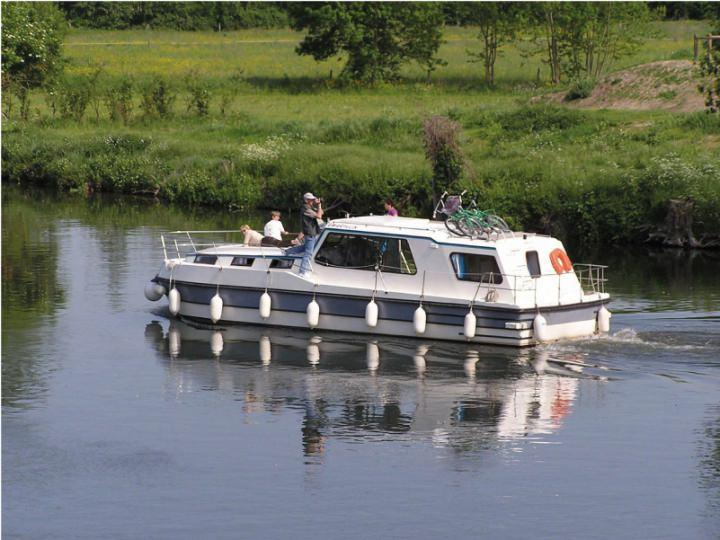 Boating Holidays with Riviera 1120 - 4 Cabins for 4 Adults and 4 Children