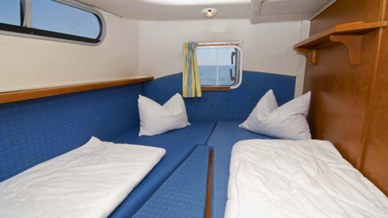 Haines 40 - Starboard Rear Cabin, choice between a Double Bed or 2 Single Beds