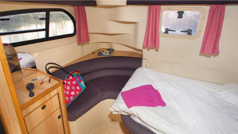 Consul - Rear Cabin with 1 Double Bed