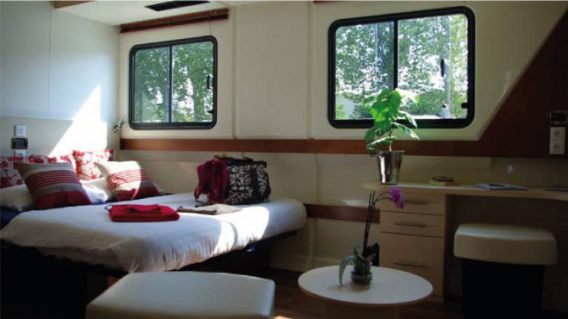 Vision 2 - Large Front Cabin choice of 1 Double Bed or 2 Single Beds