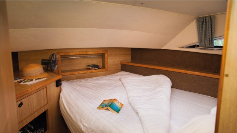 Classique Star - Front Cabin with 1 Double Bed