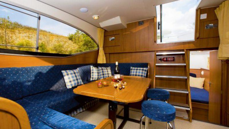 Haines 40 - Lounge, convertible into a Double Bed