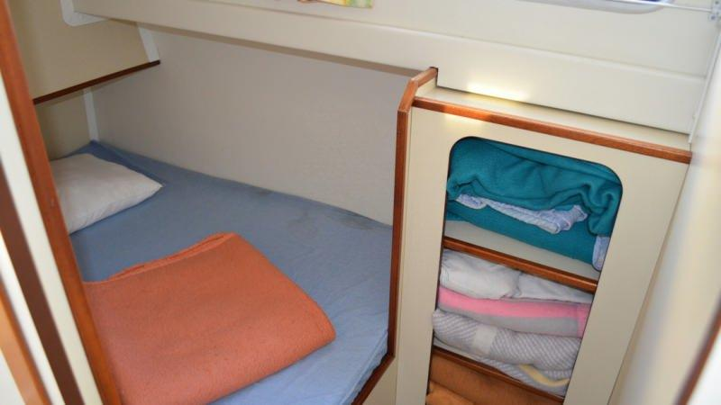 Boating Holidays with Triton 1050 - Middle Cabin with a Double Bed and a Single Bed