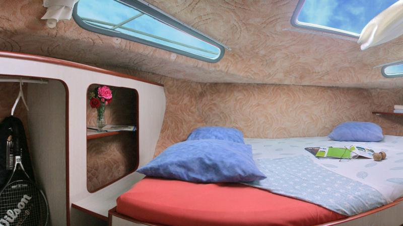 Sedan 1310 A - Fron Cabin with a Double Bed