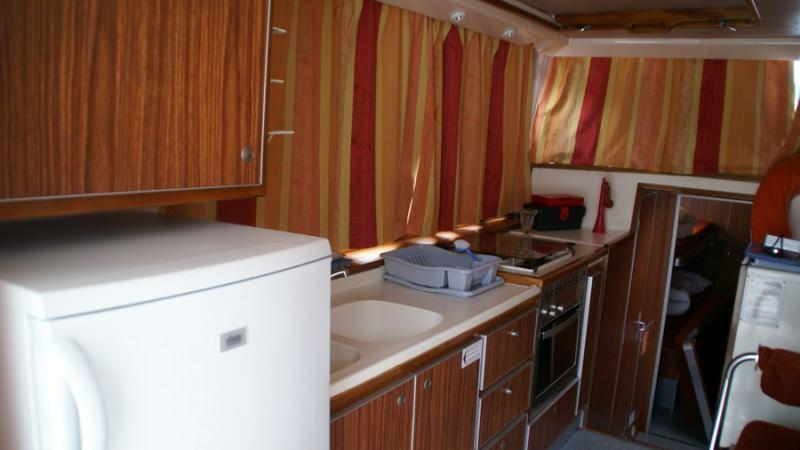 Penichette 1260 R - Kitchen