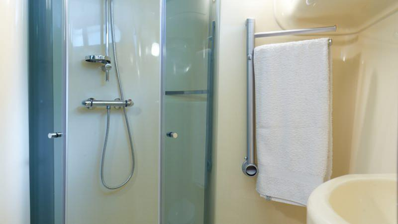 Estival Sixto -Bathroom with Large Shower and Electric Toilet