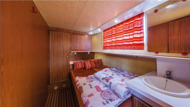 Penichette 1120 R - Front Cabin Starboard with a Double Bed
