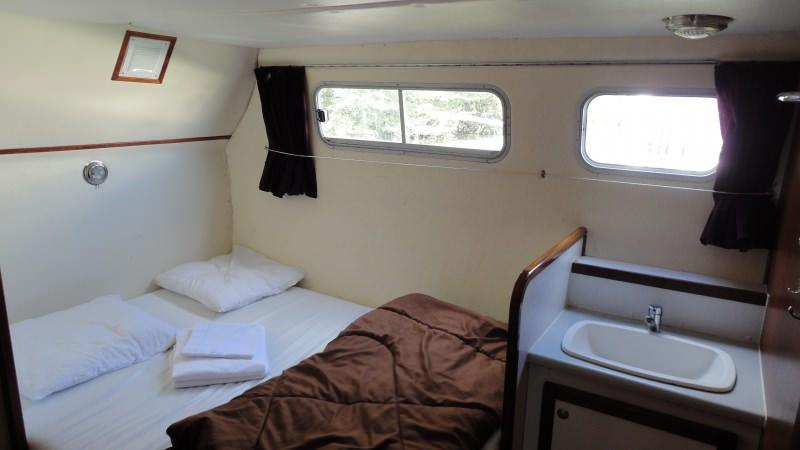 Boating Holidays with the Tarpon 42 A - Portside Rear Cabin with a Double Bed