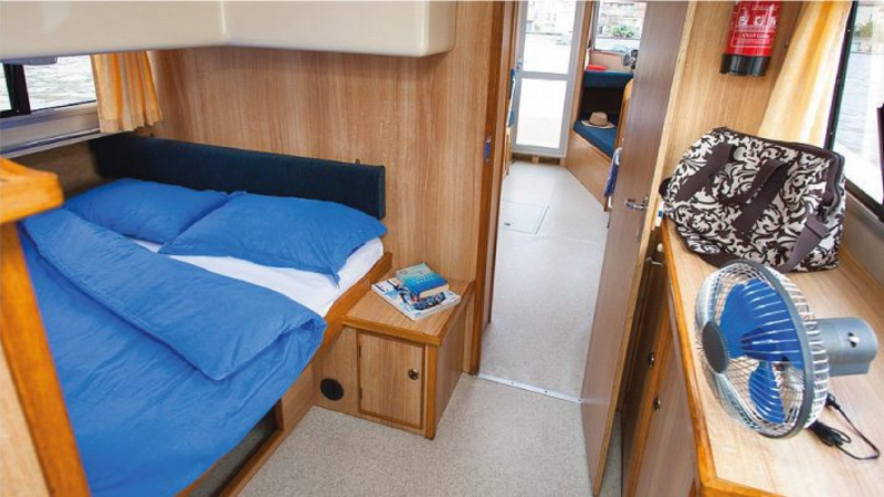 Cirrus - Rear Cabin with 1 Double Bed