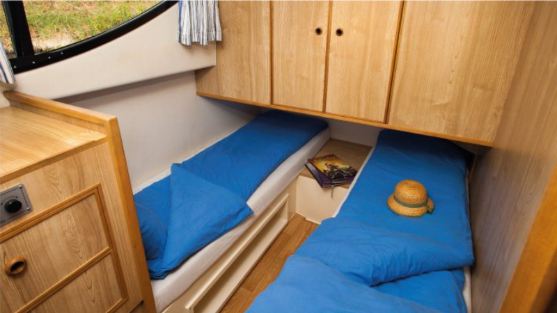 Caprice - Central Cabin choice of 1 Double Bed or 2 Single Beds