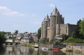 houseboat rental in Brittany