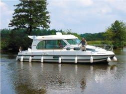 3 Cabins, ideal pour 4 Adults and 3 Children