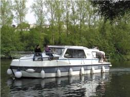 Self-drive Canal Boat - Riviera 1130 A