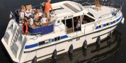 Canal Boating Holidays with tarpon 37 duo prestige