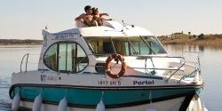 Canal Boating Holidays with estivale duo