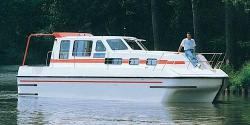 Canal Boating Holidays with Triton 1050