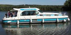 Canal Boating Holidays with sedan 1310 A