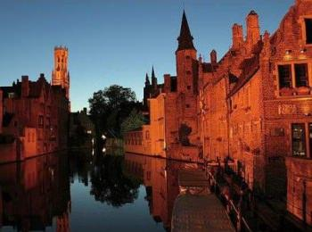discover Canal Boating Holidays in Brugge by sailing in a self drive barge Belgian canals - Brugge