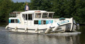 Canal Boating Holidays with penichette 1165 FB