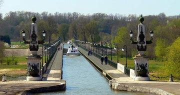 The Canal-Bridge of Briare