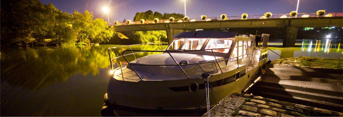 barge hire without a license on the night of 32 tarpon mayenne