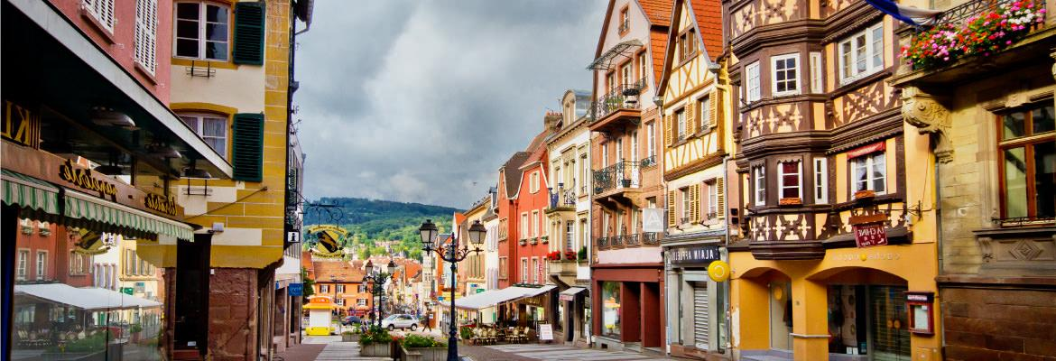 Timbered houses in Alsace discover in rental houseboat