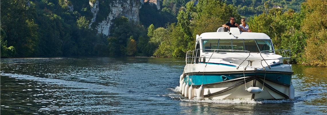 Canal Boating Holidays on Estivale Quattro S 2