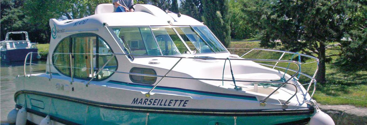 Canal Boating Holidays on Estivale Duo slide 5